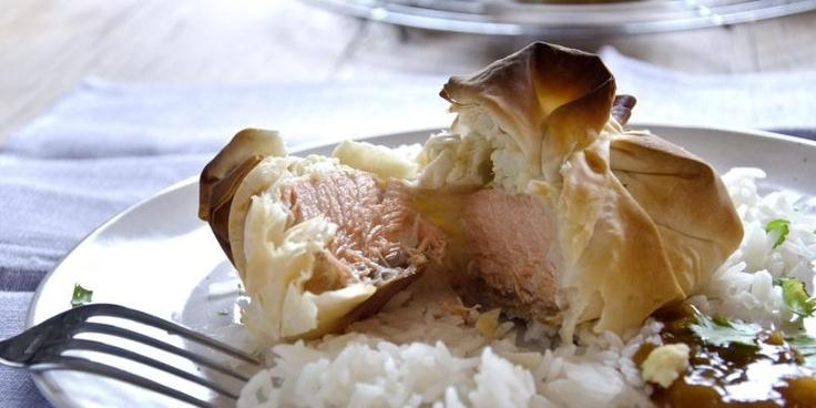 Ukesmeny med fristende laks og kylling med rotmos