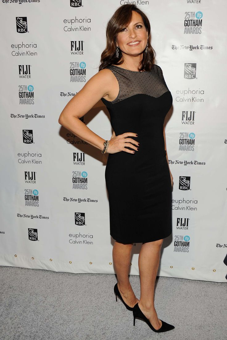 Back to post mariska hargitay at law and order set in ny - Mariska Hargitay Attends The Ifp Gotham Independent Film Awards Co Sponsored By Fiji Water On November 2015 In New York City