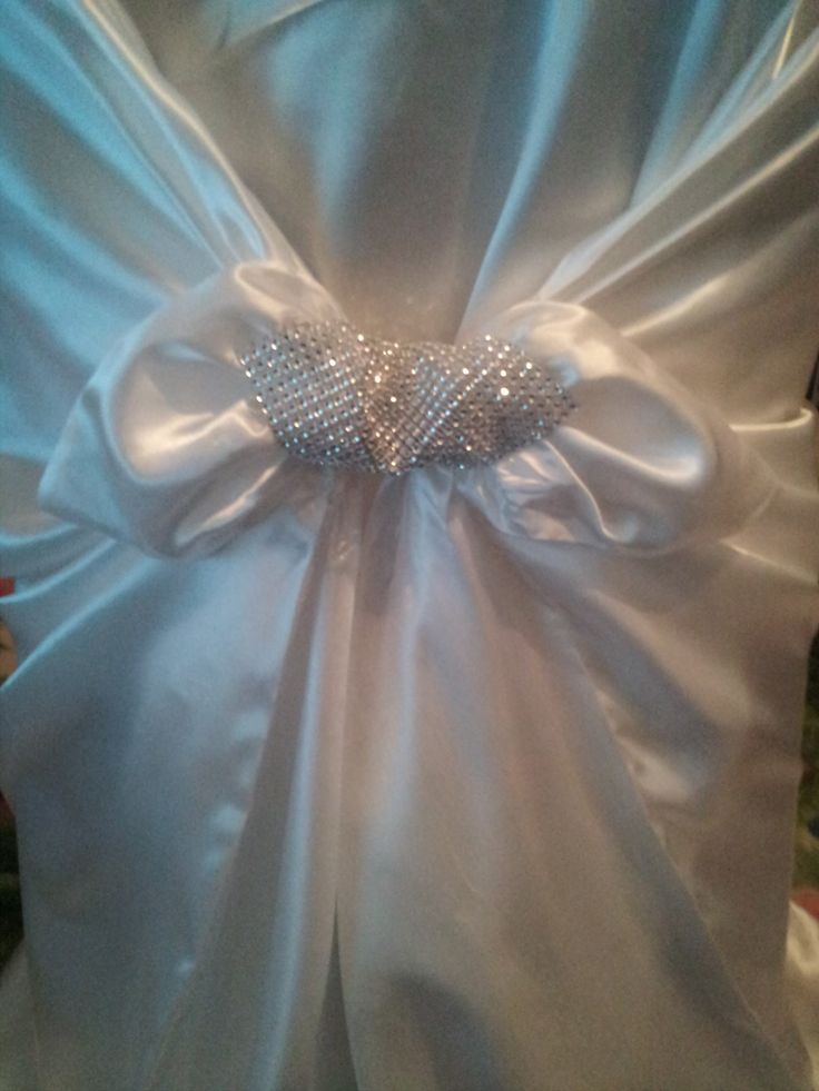 Add a DIY dash of sparkle and glam to your universal self tie chair covers with our rhinestone mesh 30ft rolls