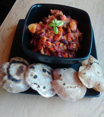 Pysznie i Zdrowo: Gulasz bez mięsa z orkiszowym chapati