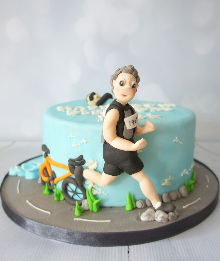 #triathlon #birthday #cake www.byjojo.co.uk