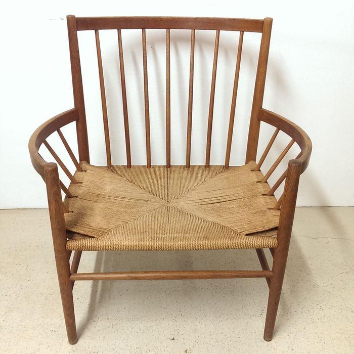 Jorgen Baekmark J82 voor FDM Mobler - spijlen fauteuil