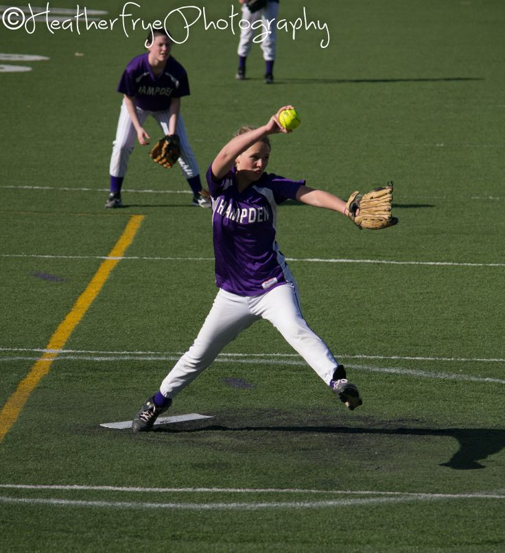 Heather Frye Photography | Hampden Maine | Softball | Pitcher