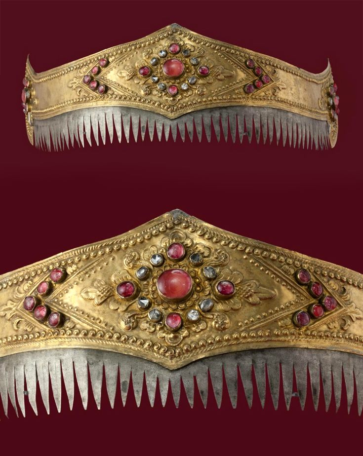 Indonesia ~ Bali | Crown; gold, silver, rubies and diamonds | 19th century ||| {GPA}