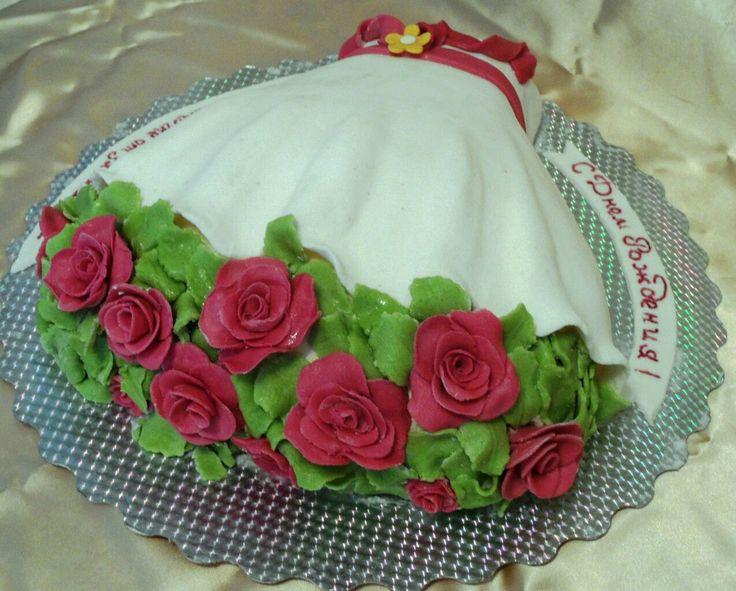 Торт в виде букета роз