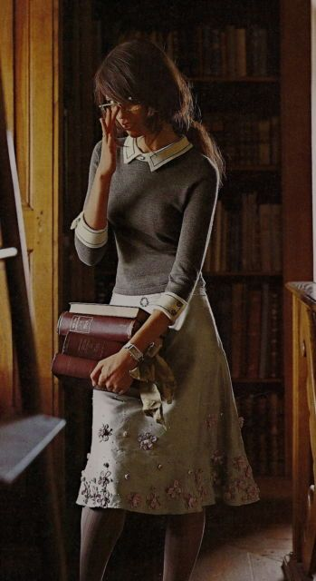 Love the sexy librarian look.