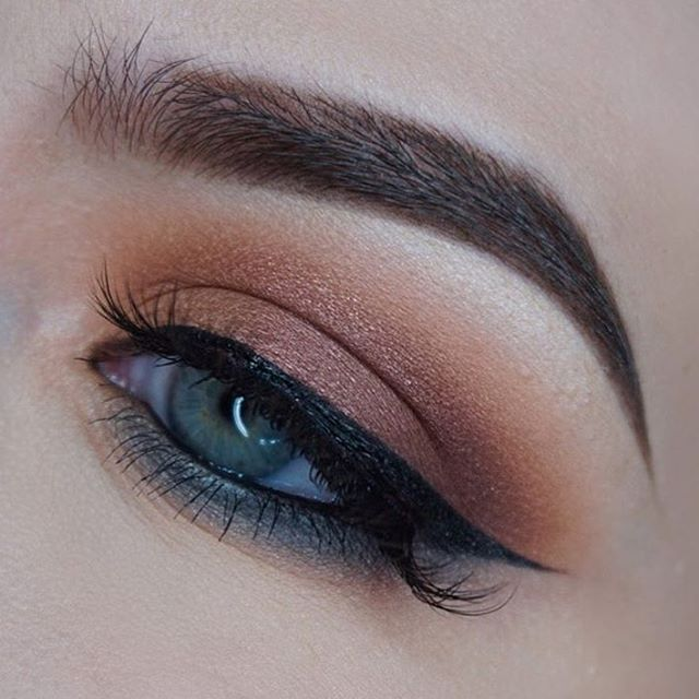 Master Palette by Mario (launching 9-29) @mspaynter  BROWS: #Dipbrow in Medium Brown  #anastasiabeverlyhills #masterpalettebymario