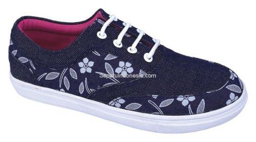 Sepatu anak CZE 090 adalah sepatu anak yang bagus model trendy...
