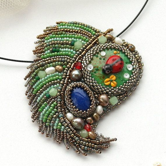Green necklace. Necklace with ladybug, Ladybug necklace, green leaf, Ready to ship, OOAK