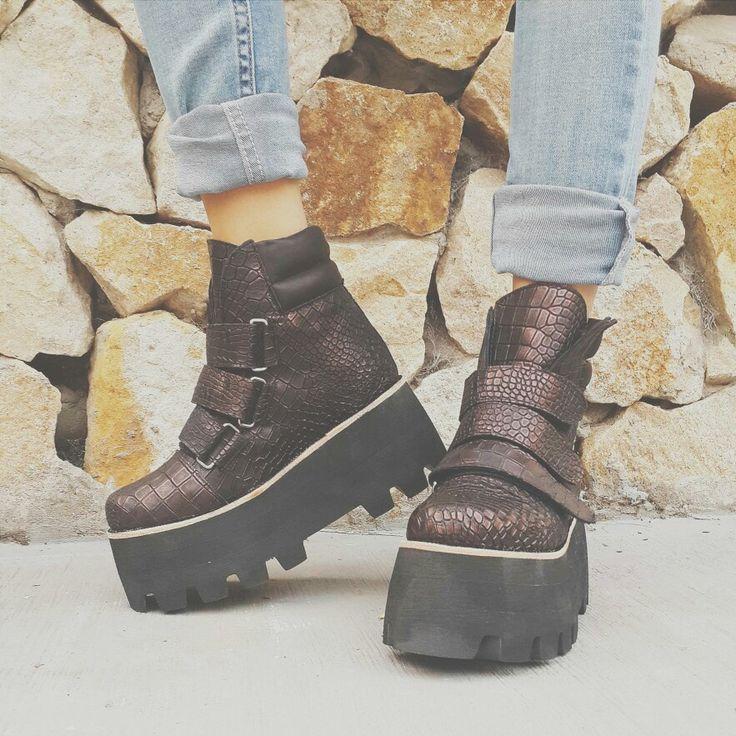 Recién horneadas  Katia Vip ⬆⬆⬆ #fashion #style #shoes