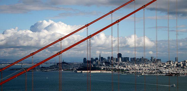 : Cityscapes Photography, Beautiful Photos, Favorite Places, Golden Gates Bridges, The Cities, Red Cable, Fantastic San, Francisco Cityscapes, San Francisco