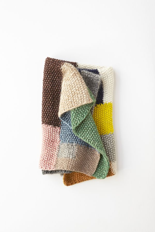 Erin Weckerle freeform knit throw from Lena Corwin's Made By Hand via The Purl Bee