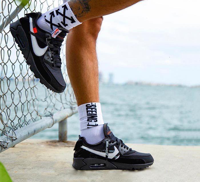 Thêm hình ảnh về sneaker Off White x Nike Air Max 90 Black
