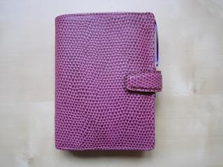 All Things Stationery: My (compact) pocket raspberry Chameleon Filofax setup (plus gorgeous handbag!)