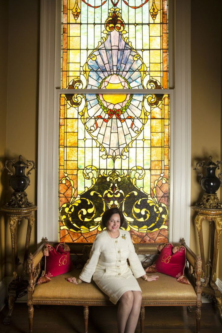 At Home With Tom And Gayle Benson A Historic Mansion Becomes Regal For The New Orleans Saints Owner