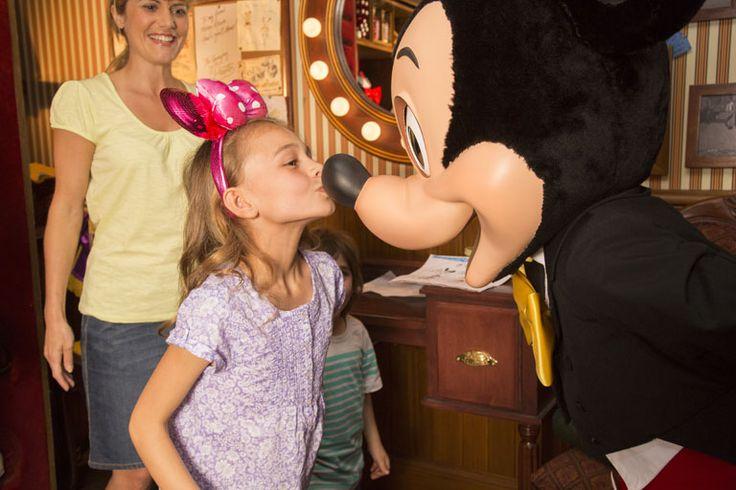 Se prenotate il nostro pacchetto soggiorno a #Disneyland #Parigi ENTRO il 10 #luglio, godete dell'offerta 1 GIORNO E 1 NOTTE IN PIU' GRATIS! E i #bambini non pagano!!! http://offerte.disneylandparis.it/offerte-speciali/promozione-soggiorno-disneylandv2.xhtml?ecmp=y=1781938=05439ec2a2629cf96e174def40f145c8 #vacanze #Disney