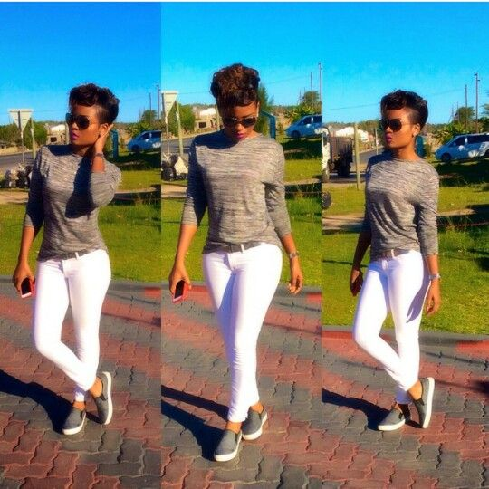 White jean + grey top + slip on