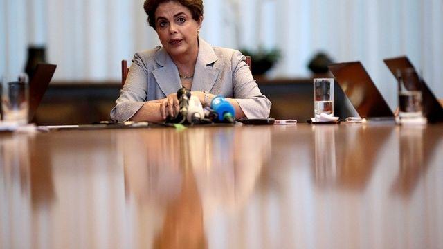 Le Sénat pousse Rousseff vers la sortie