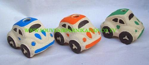 souvenir tempat pensil berbentuk mobil khas jogjakarta