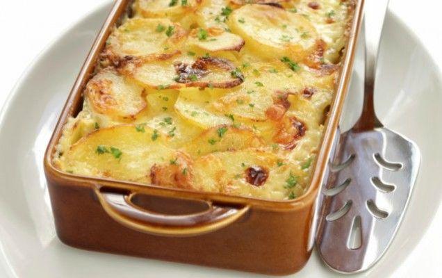 Πατάτες ογκρατέν με κίτρινα τυριά