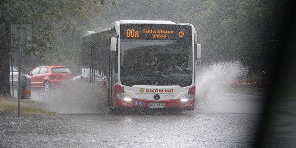 Die Woche beginnt freundlich ☀ ... Erfahre jetzt, wie das Wetter in ganz Österreich wird und ab wann Du den Regenschirm nicht vergessen solltest! ☔ #wetter #prognose #news #sonne #regen #wetterat