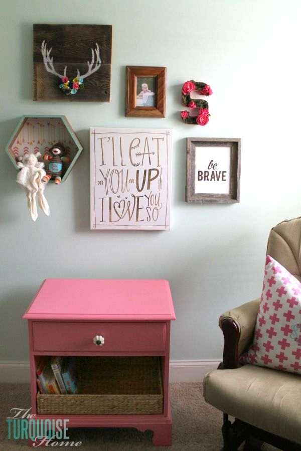 Such a sweet, girly gallery wall in a woodland nursery. All of the details at TheTurquoiseHome.com