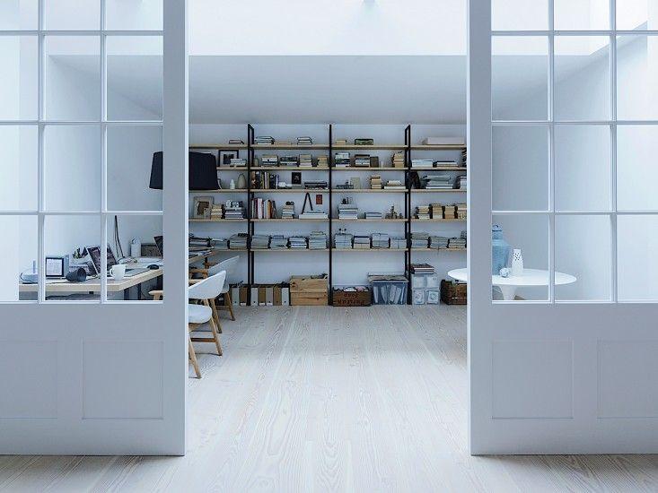 【スペースの区切り方】格子入りのガラス引き戸の向こうのワークスペース   住宅デザイン