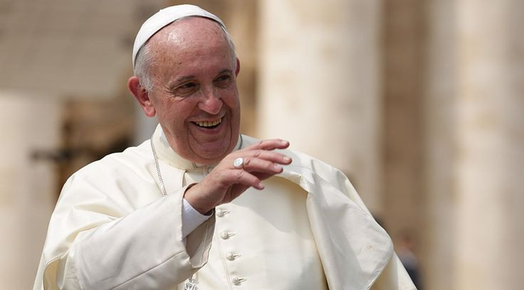 VATICANO, 18 Nov. 15 / 08:05 am (ACI/EWTN Noticias).-   En su catequesis de hoy sobre el sentido de la puerta santa en el Año de la Misericordia, el Papa Francisco alentó a las familias cristianas a ser un signo de la misericordia y la acogida de Dios.
