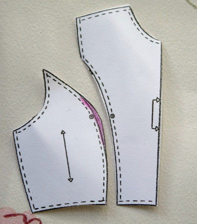 Adjusting comercial patterns 'Cup sizes' on princess seams.