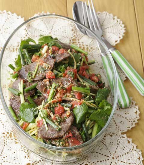 牛肉と香味野菜のトマトドレッシングサラダ | レシピ | ダイエット、レシピ、運動のことならフィッテ | FYTTE