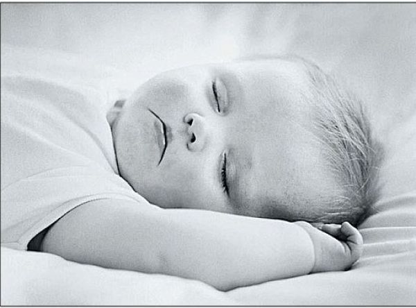 white pictures | Black and white photos of babies pictures 1