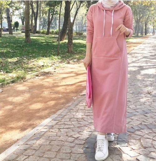 Oversized sweatshirts hijabi styling ideas – Just Trendy Girls