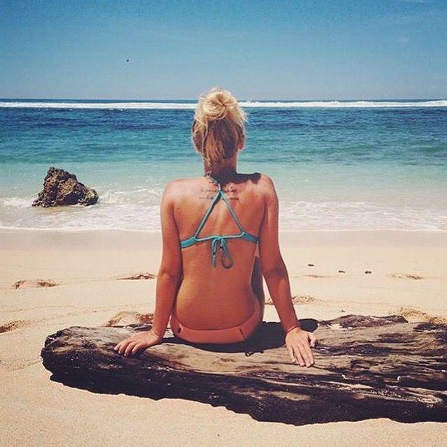 what else....beach, bikini, sunshine <3