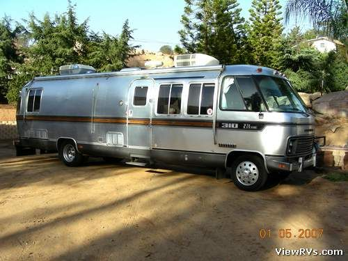 Fred's Airstream Archives @ ViewRVs.com - 1984 Airstream Motorhome 310 (F)
