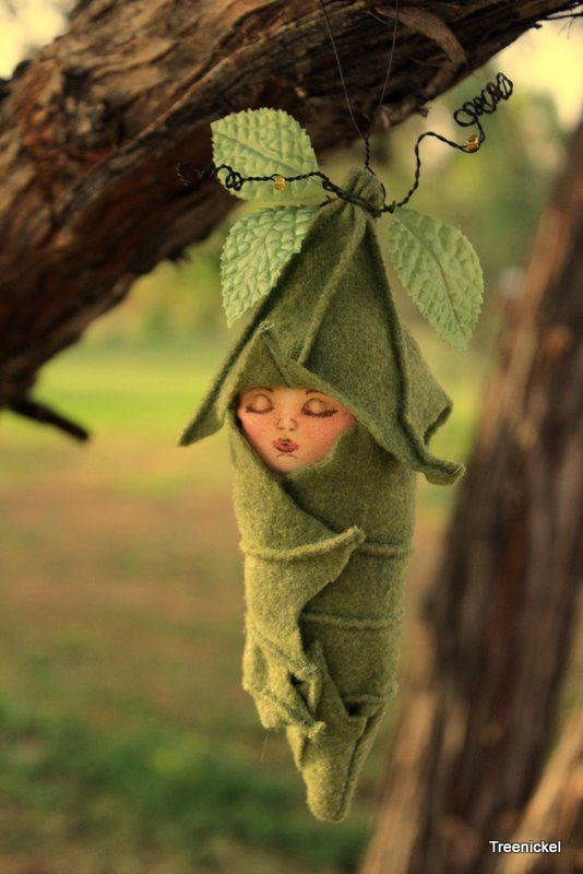 Sleeping Fairy Baby Fabric and Felt Art Doll. ❤❦♪♫