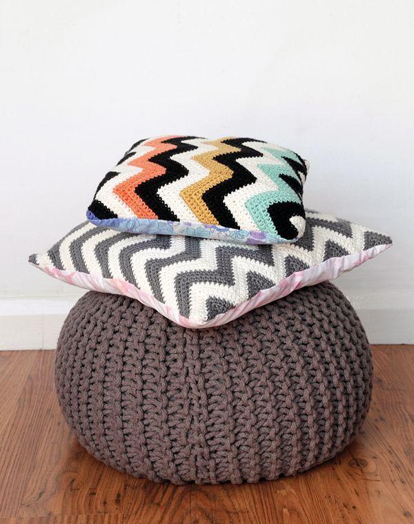 DIY: crochet chevron cushions