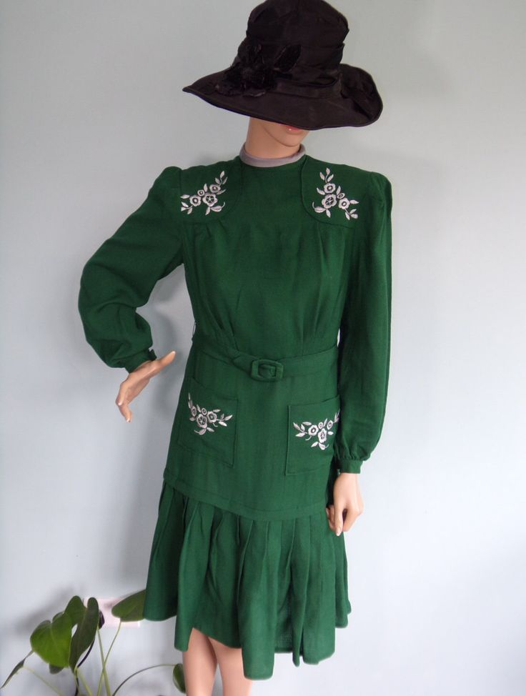 1930s 40s Hunter Green Dress With Silver Embroidery Pockets Drop Waist Pleated Skirt Flapper Style Dress Matching Belt by RavissantsChapeaux on Etsy https://www.etsy.com/listing/249586137/1930s-40s-hunter-green-dress-with-silver