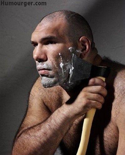 Gillette pour les vrais mecs, est une image drôle publiée le 18 Novembre 2013 par CARTAPUCE. Que pensez-vous de cette image drole insolite ?