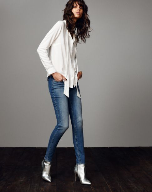 Designed to flatter, hold your shape and make you feel amazing. The 711 Skinny mid-rise fit + slim ankle works perfectly whatever your style. Get the perfect jean here