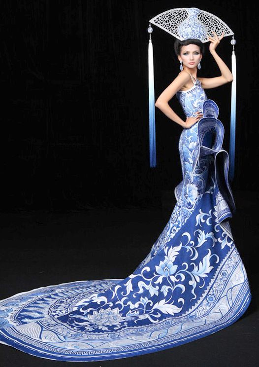 This dress just won best country costume, for China, at the Miss Universe 2012 pageant.