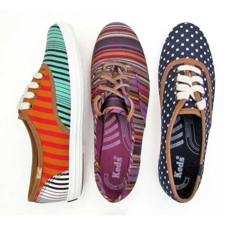 Madewell and Keds joined forces to make these super cute limited edition collection of canvas sneakers! Too bad they are all sold out!! =(