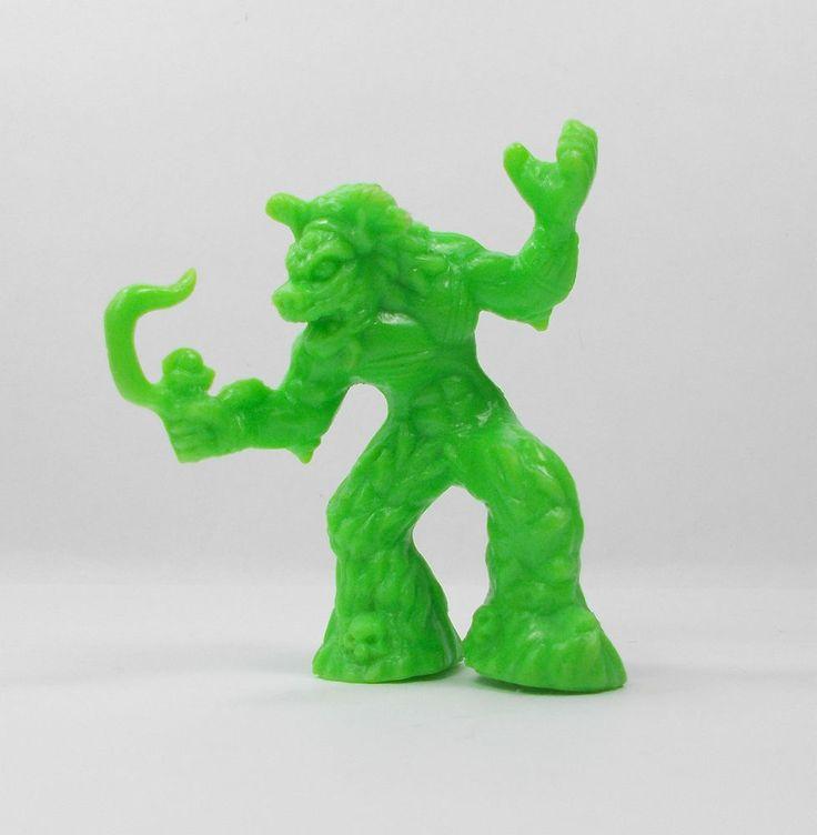 Monster In My Pocket - Series 4 - 100 Yama - Mini Toy Figure B