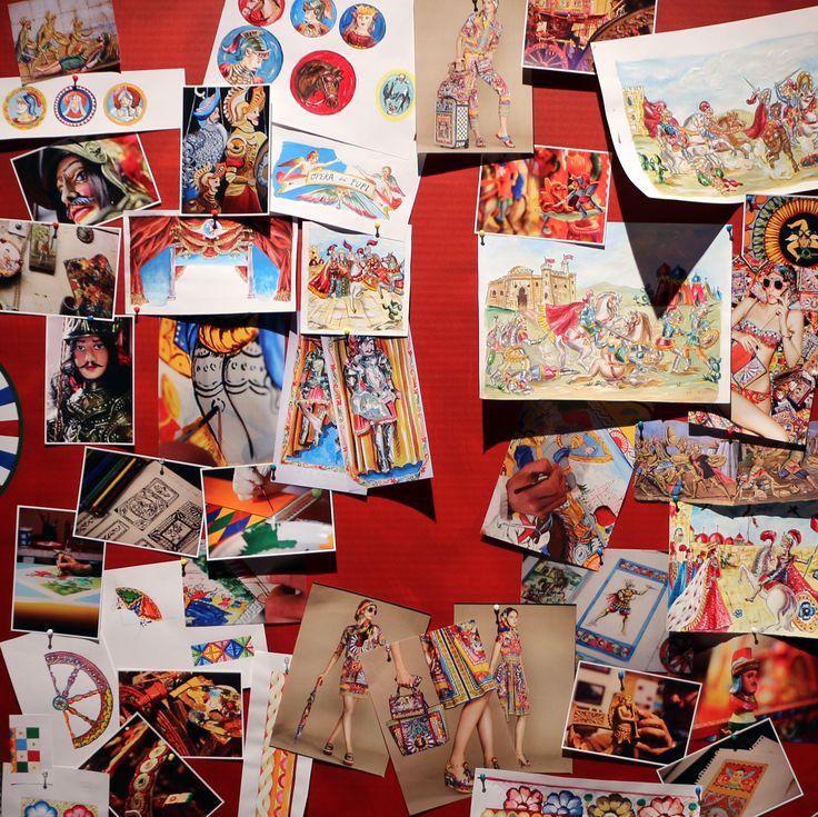 """Durante il Salone del Mobile di Milano, Dolce&Gabbana e Smeg presentano il progetto """"Frigorifero d'Arte"""" presso il Teatro Metropol. I bellissimi frigoriferi decorati a mano dagli artigiani riprendono la tradizione tutta siciliana della decorazione dei carretti e della pittura su ceramica.  #salonedelmobile #salonedelmobile2016 #smeg #dolceegabbana #dolcegabbana #art #design #exhibition #crafts #italy #madeinitaly #decorations #colors #fuorisalone #fuorisalone2016 #milano #milan #milan"""