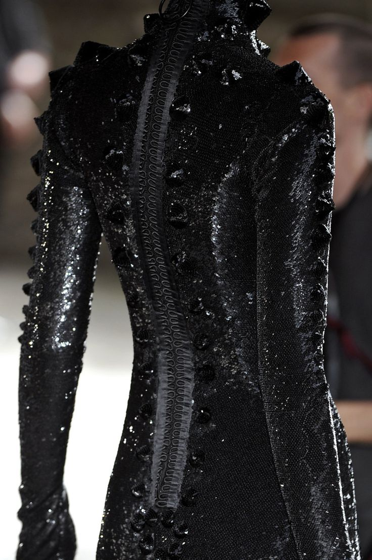 127 best lady in black images on pinterest feminine for High couture