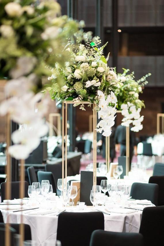 Gold Modern Rectangular Tall Metal Stand Wedding Centerpiece Etsy Wedding Table Centerpieces Wedding Floral Centerpieces Gold Wedding Decorations