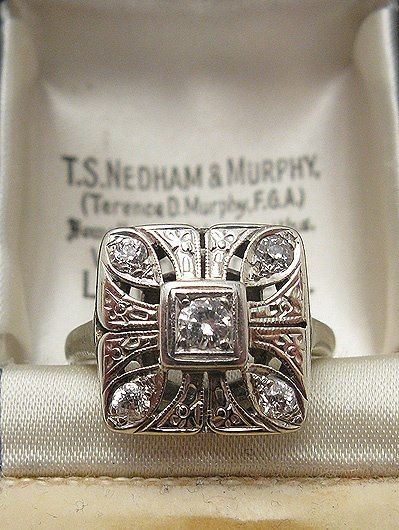 1920s Art Deco Diamond Ring