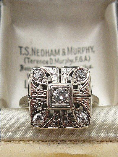 1920s Art Deco Diamond Ring Anillo de Diamantes 1020's