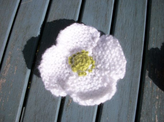 Hand knitted white poppy brooch corsage by thekittensmittensuk, £6.00