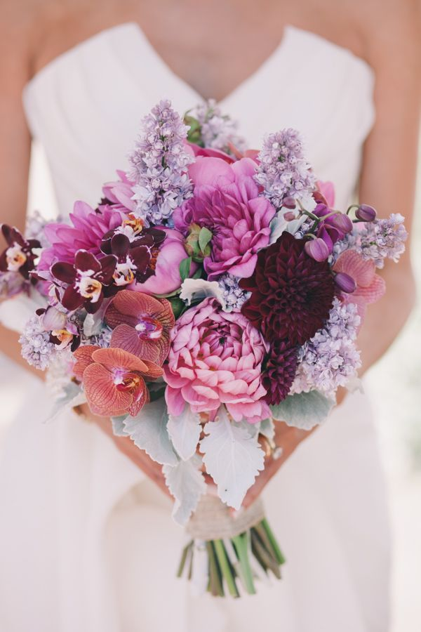 Radiant Orchid & Violet Tulip Wedding #wedding #purplewedding