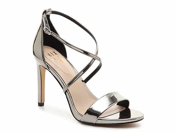 Women S Evening And Wedding Shoes Bridal Shoes Dsw Dress Shoes Womens Women Shoes Sale Pewter Shoes